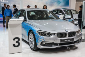 BMW 330e lækker bil på messe