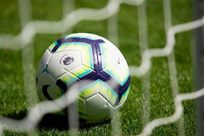 content_footballs-3597192_19201